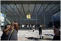 Nota filtrada: Apple dijo a los empleados que sus tiendas minoristas en los EE. UU. Permanecerán cerradas y que los procedimientos de trabajo desde el hogar permanecerán vigentes hasta principios de mayo (Mark Gurman / Bloomberg) 9